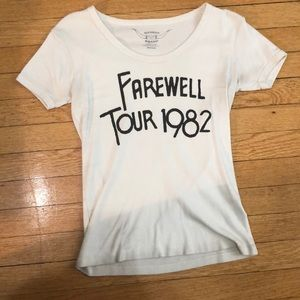 URBAN OUTFITTERS FAREWELL TOUR T-SHIRT